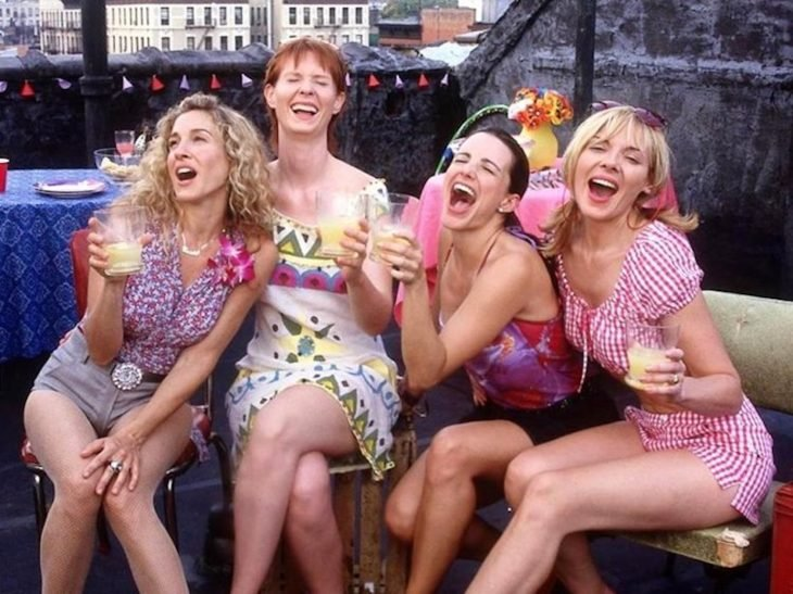 Las actrices Sarah Jessica Parker, Cynthia Nixon, Kristin Davis y Kim Cattrall respectivamente para la serie Sex And The City
