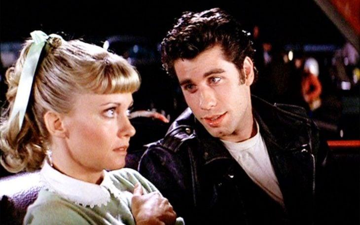 La actriz Olivia Newton-John y el actor John Travolta en la cinta Vaselina