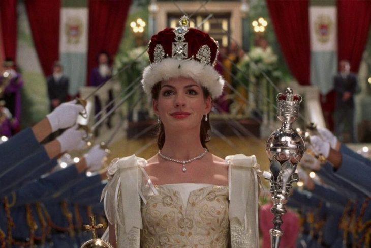 La actriz Anne Hathaway en la cinta El Diario de una Princesa