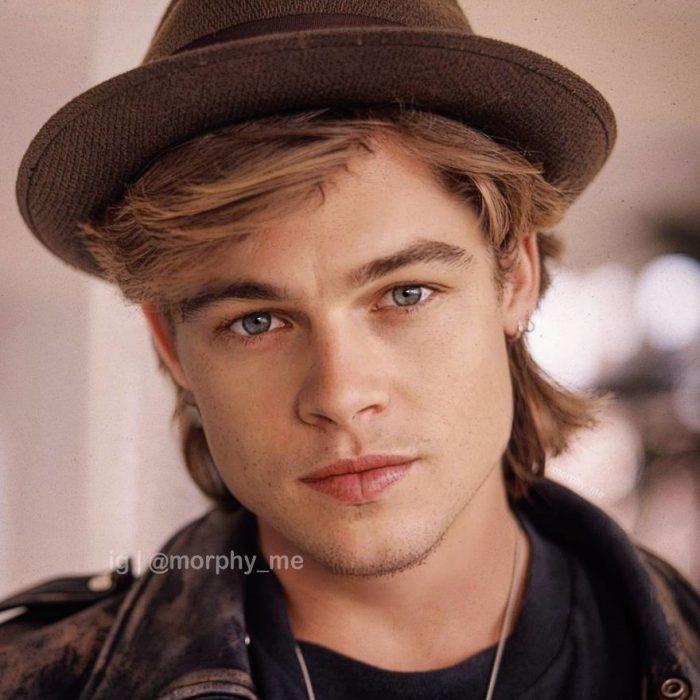 Chico con llevando gorro café, camisa a cuadros, mirando hacia el frente, Brad Pitt, Leonardo DiCaprio, Morphy_Me