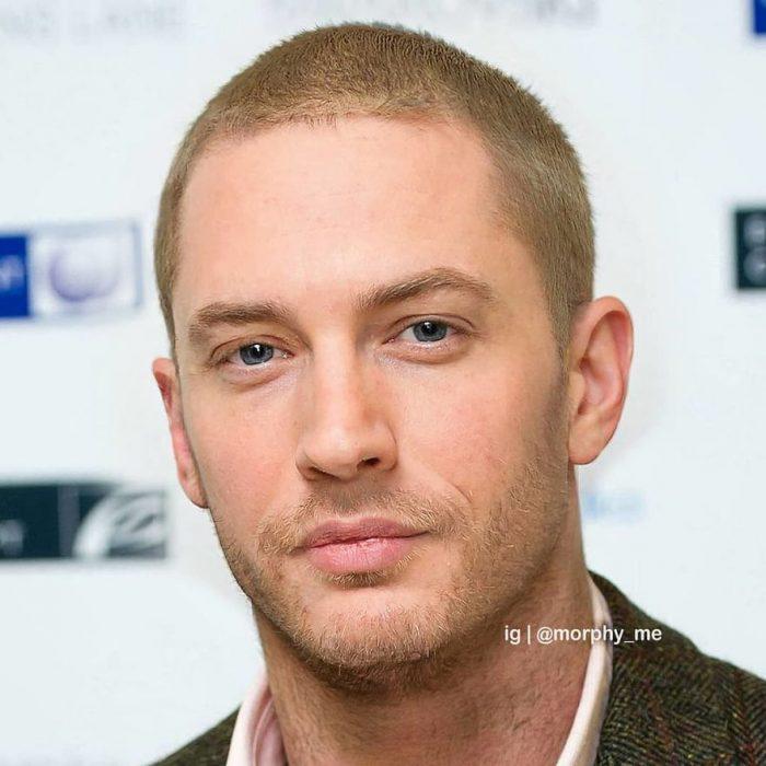 Hombre con traje de color verde, cabello corto, rubio, Eminem, Tom Hardy, Morphy_Me