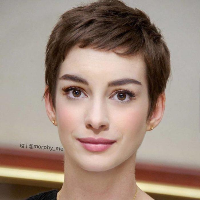 Chica con cabello corto, pómulos rosados, mirando al frente, Anne Hathaway, Audrey Hepburn, Morphy_Me