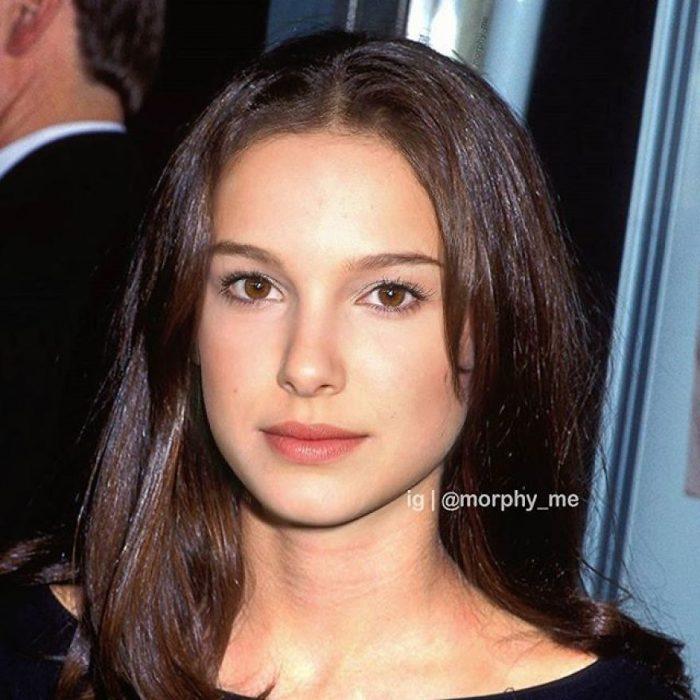 Niña con cabello largo, llevando vestido negro en una entrega de premios, Natalie Portman, Millie Bobby Brown, Morphy_Me