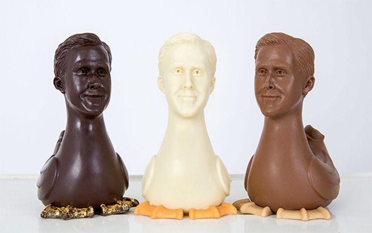 Los tres chocolates de ganso con el rostro de Ryan Gosling, de sabores chocolates oscuro, blanco y de leche respectivamente