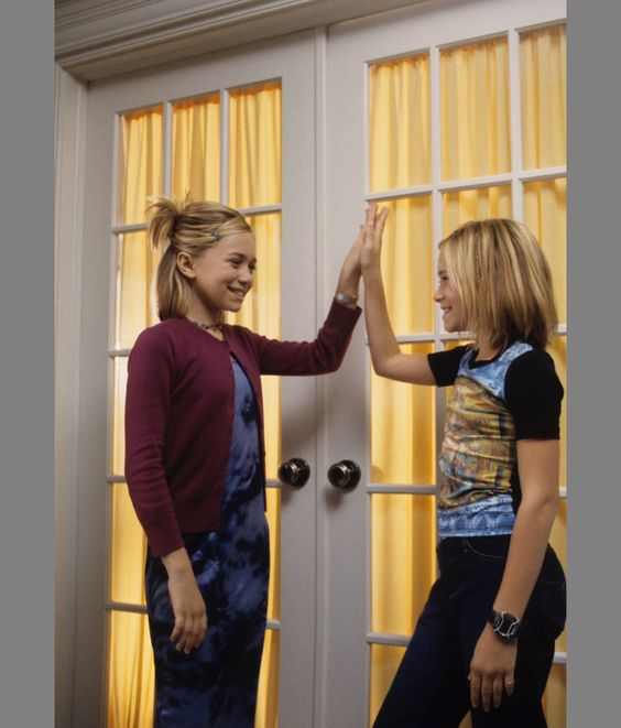 Olsen sisters of girls crashing their palms out of a room