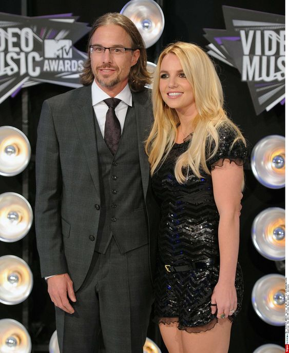 Jason Trawick and Britney Spears announce their break