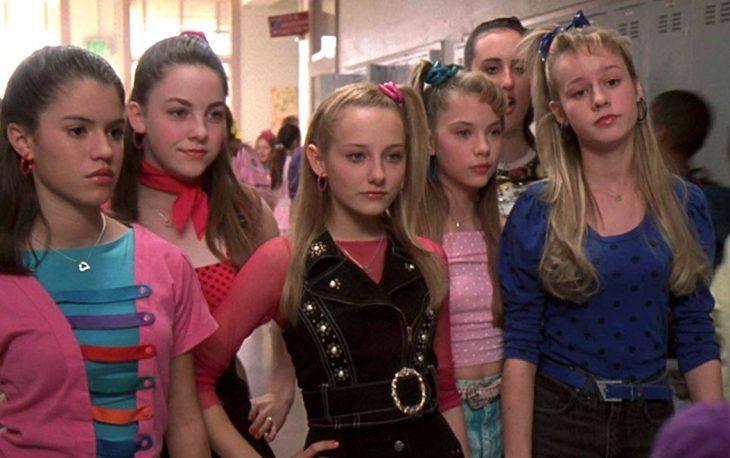 El elenco juvenil de Las Seis entre ellas Brie Larson en la cinta Si tuviera 30