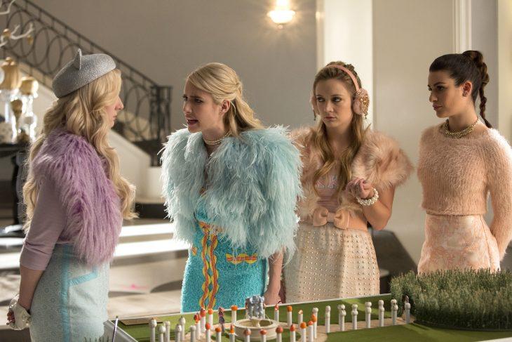 Estudio revela que mujeres enojonas tienen mejor salud, Chanel Oberlin de la serie Scream Queens interpretada por Emma Roberts
