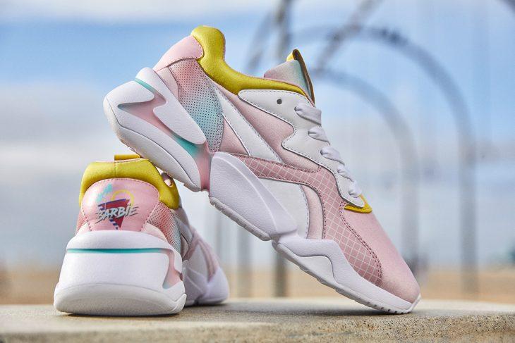 Tenis en tonos rosas, azules y amarillos pastel de la nueva colección Puma x Barbie