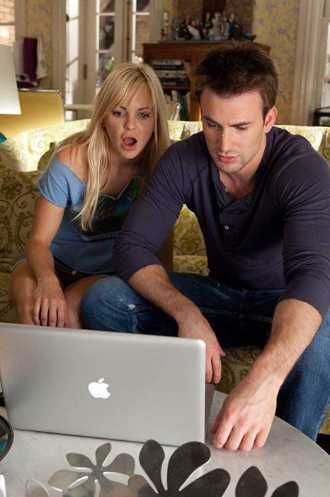 Escena de la película: Contando a mis ex en la que aparece Chris Evans, Chris Pratt y Anna Farris