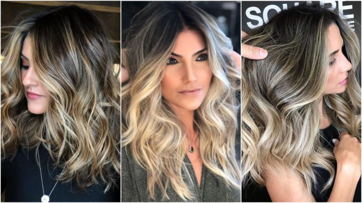 Tres chicas diferentes, con cabello largo, peinado ondulado y teñido de color Sandy-Beige Blond por tendencia primaveral