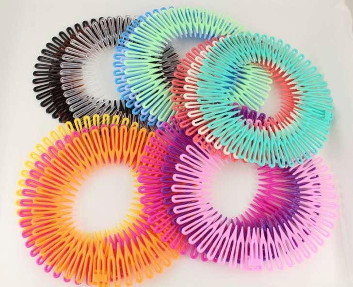 Diademas elásticas en tonos pastel para cabello largo