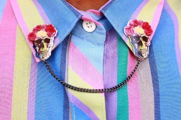 Collar tips; broches para cuello de camisa; cráneo con rosas
