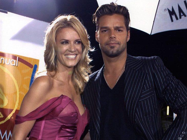 Rebeca de Alba y Ricky Martin cuando eran pareja asistiendo a un evento juntos