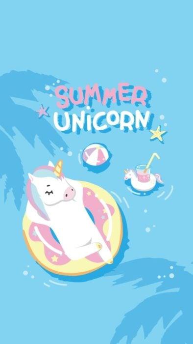 Fondo de pantalla para celular con dibujo de unicornio sobre un flotador de llanta