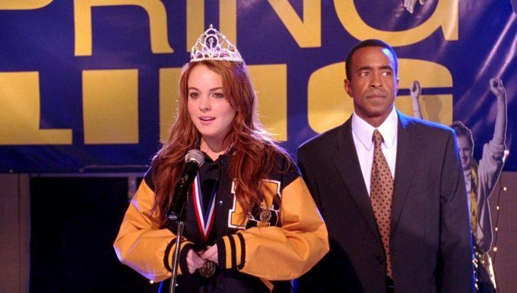 Escena de Chicas pesadas cuando Lindsay Lohan es coronada
