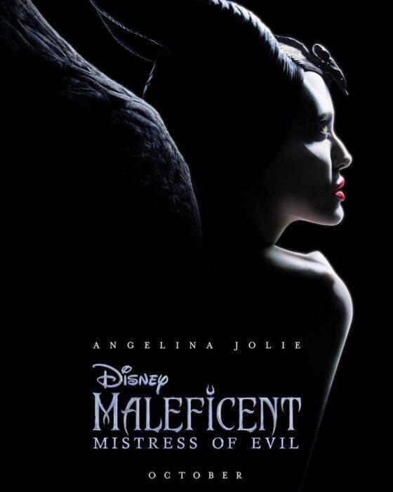 Póster de Maléfica: dueña del mal; Angelina Jolie como la villana de la película de Disney La bella durmiente