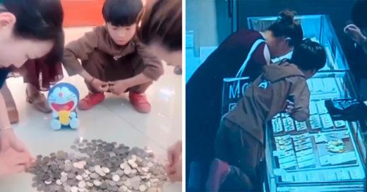 Niño ahorró durante dos años para comprarle un anillo a su mamá