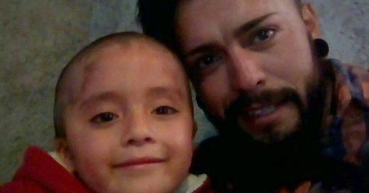 Tatuador de Pachuca pide ayuda para pagar operación de su hija