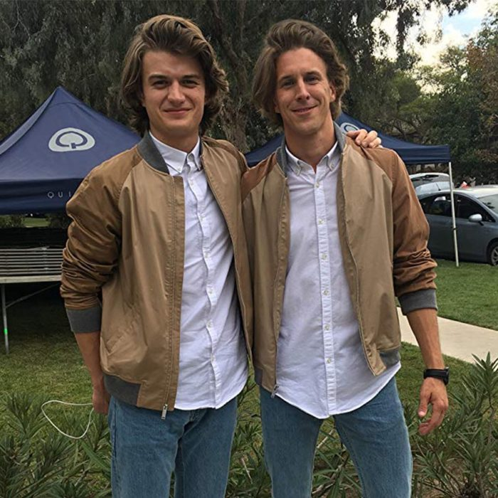 Actores junto a sus dbles; Joe Keery que interpreta a Steve Harrington de Stranger Things