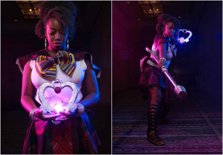 Chica usando cosplay de Sailor Moon en color morado