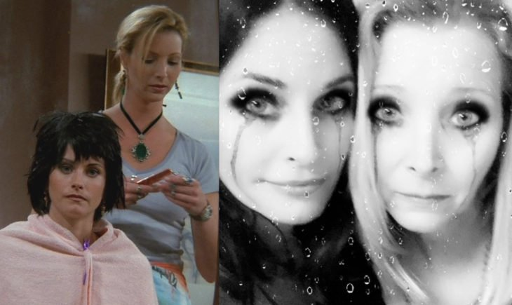 Courteney Cox y Lisa Kudrow; Phoebe Buffay le corta mal el cabello a Monica Geller en Friends