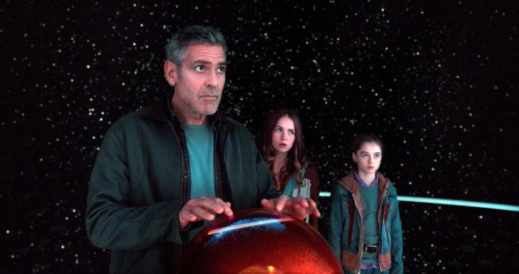 Películas y series en Netflix; Tomorrowland con George Clooney como Frank Walker y Raffey Cassidy como Athena