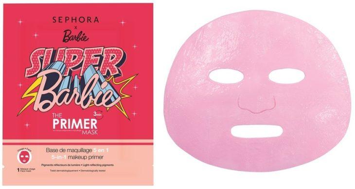 Mascarilla de Sephora en color rosa inspirada en Barbie