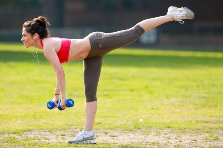 Relizar ejercicio excesivo no contribuye a bajar de peso