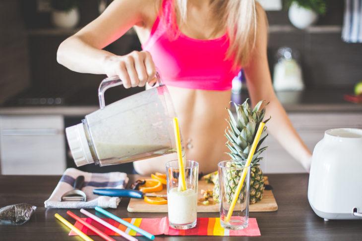 Realizar ejercicio por la mañana requiere de desayunar antes