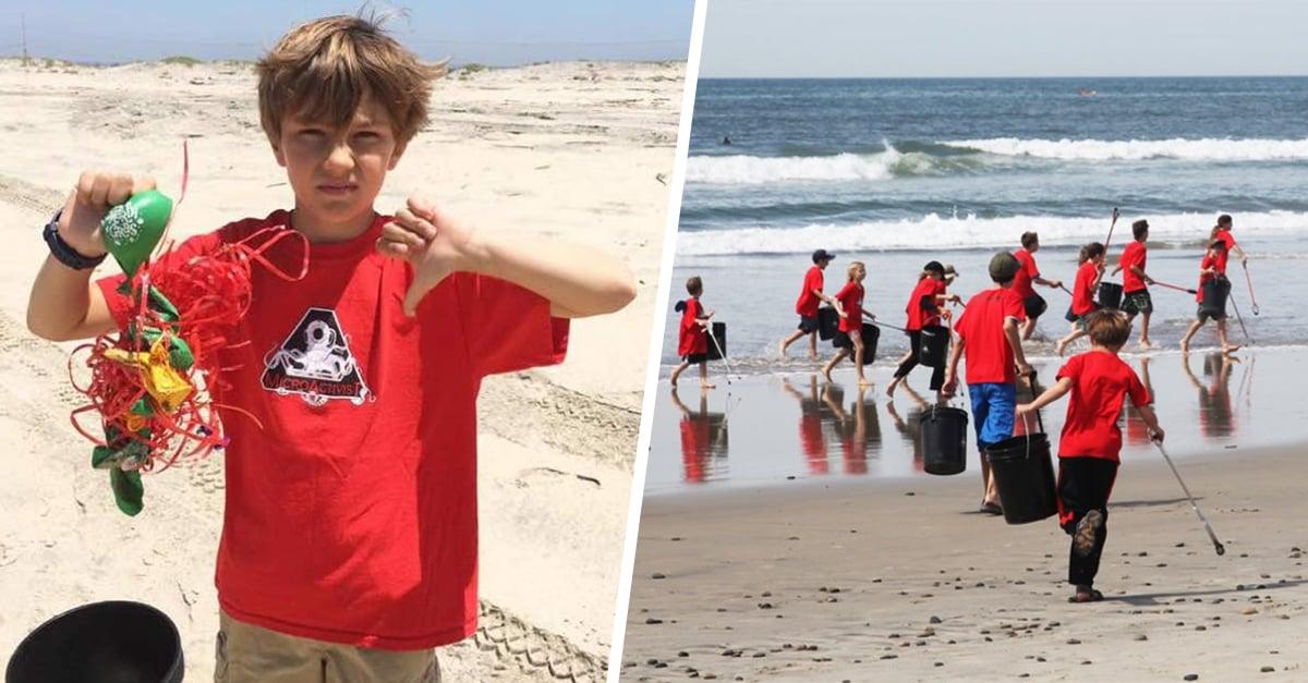 Niño de 11 años lucha por limpiar la basura de las playas