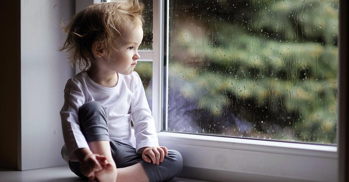 Nalgadas podrían causar depresión y trastornos mentales en niños