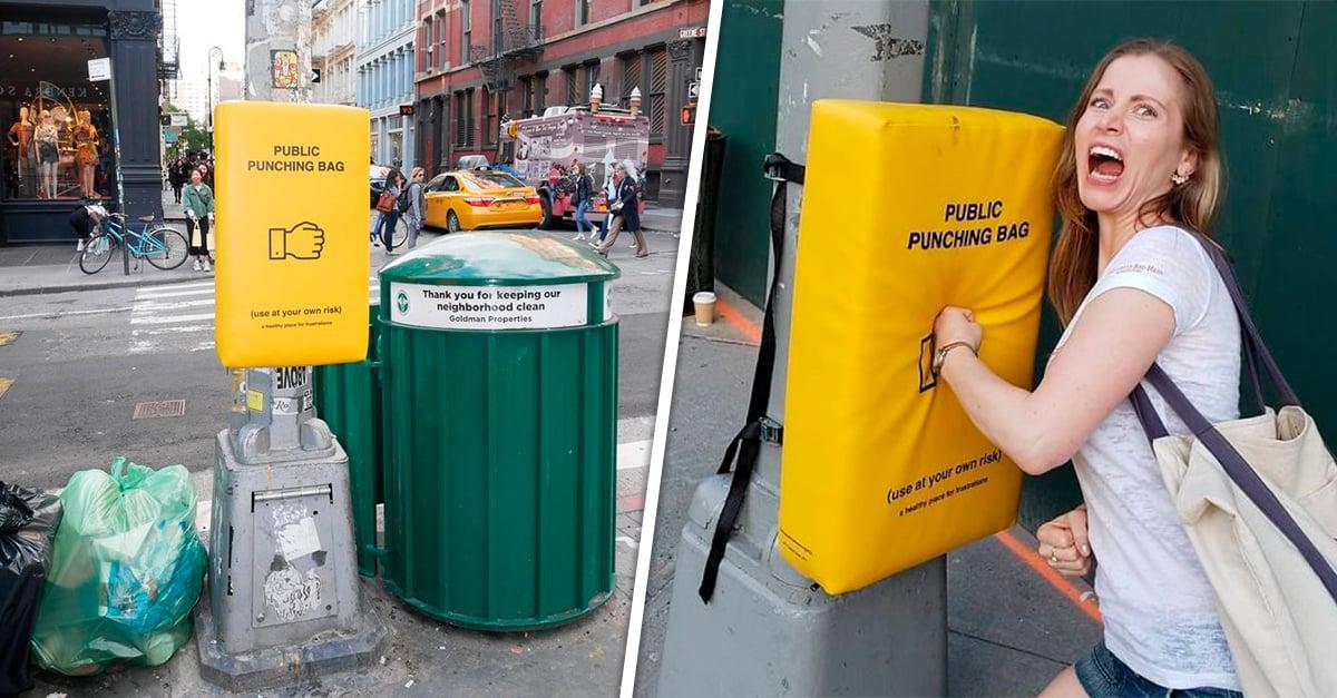 Instalan sacos de boxeo en la calle para que la gente desahogue su rabia