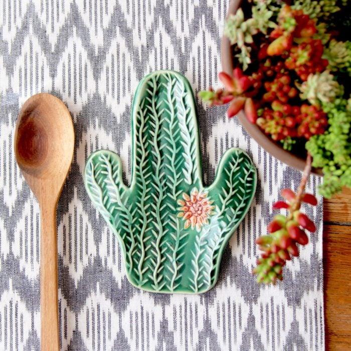 Plato para cuchara de cactus