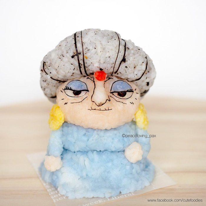 Figura de arroz creado por Pax pacífico inspirada en Yubaba