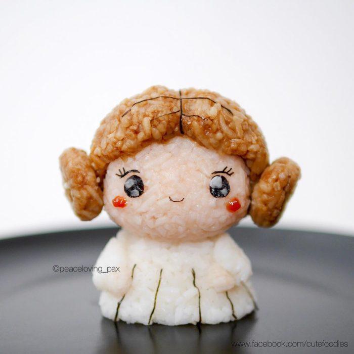 Figura de arroz creado por Pax pacífico inspirada en la princesa Lea
