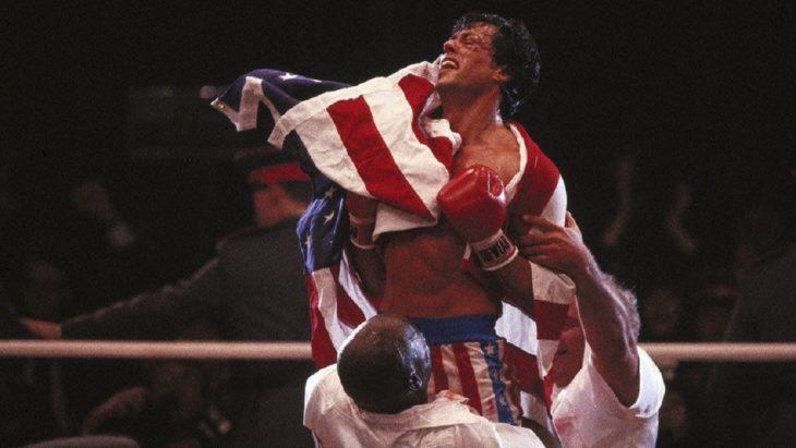 Datos sobre películas; Rocky IV en el ring con la bandera de Estados Unidos