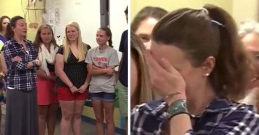 Estudiantes donan dinero de graduación para su maestra con cáncer