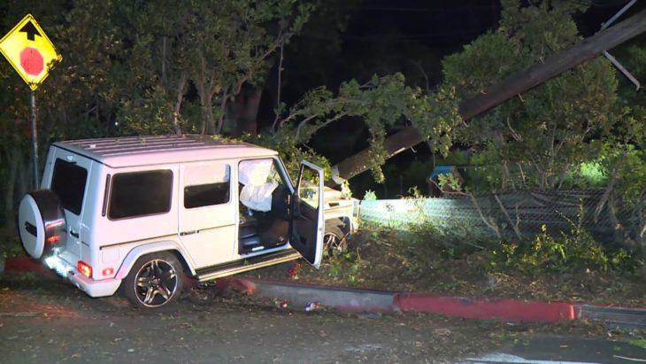 Camioneta de Mac Miller estrellada contra un poste de electricidad en Los Ángeles