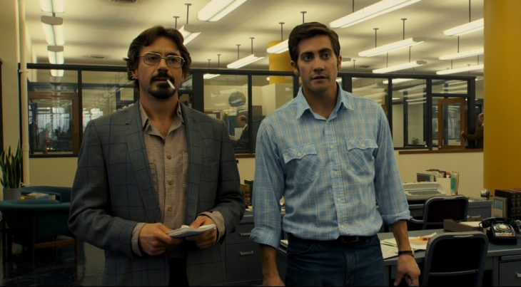 Actor Jake Gyllenhaal con Robert Downey Jr. en película Zodiaco de 2007