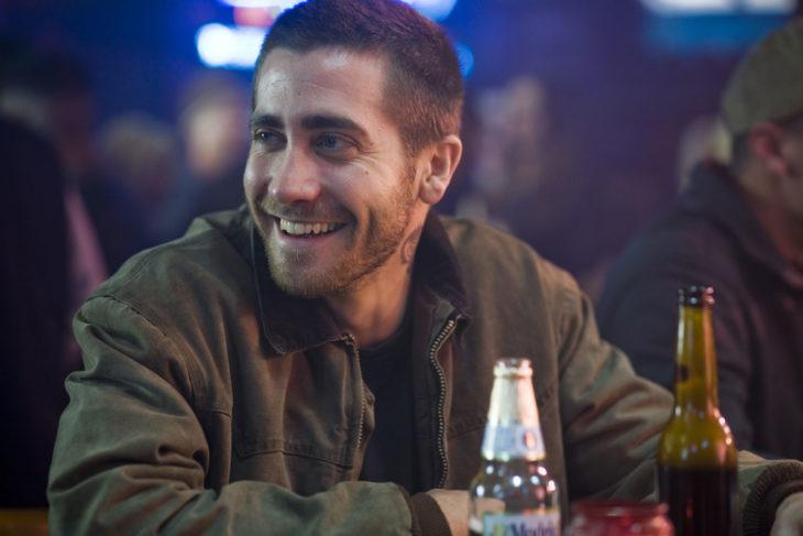 Actor Jake Gyllenhaal con cabello corto en Brothers de 2009