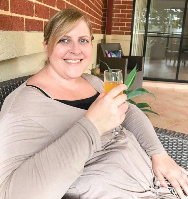 Samantha Parramore, mujer con sobrepeso compra vestido de novia tres tallas más chico para adelgazar