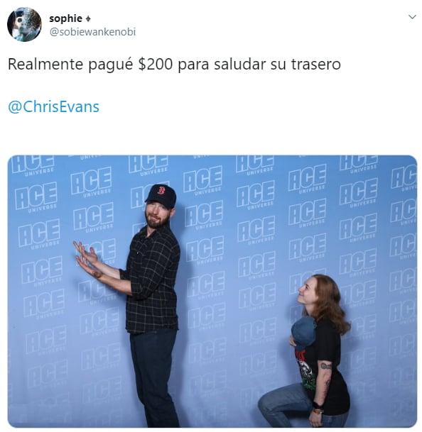 Comentario en twitter sobre una chica que estuvo a centímetros del trasero de Chris Evans