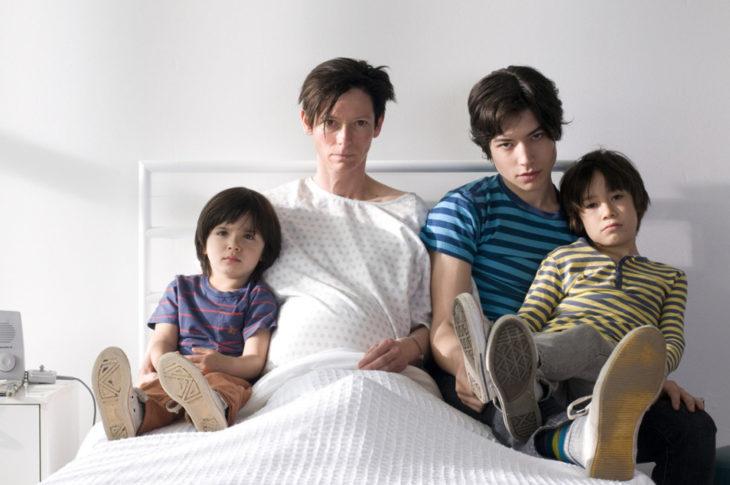 Películas sobre la mente humana; Tenemos que hablar de Kevin; Tilda Swinton, Ezra Miller, Jasper Newell, Rock Duer como Eva Khatchadourian y su hijo