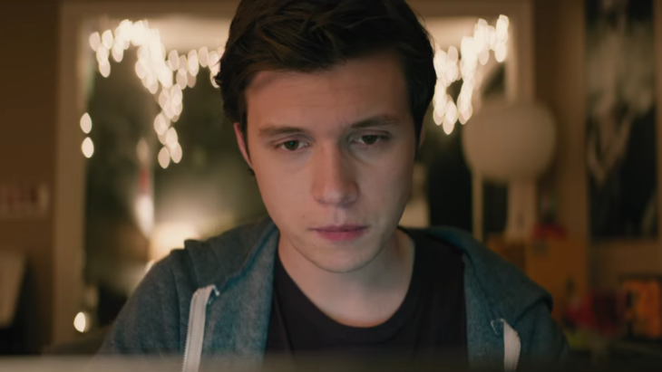 Nick Robinson como Simon en Love, Simon