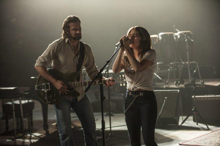 Bradley Cooper y Lady Gaga como Jackson Maine y Ally en Ha nacido una estrella