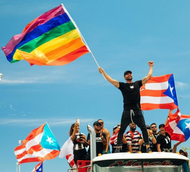 Ricky Martin se unió a marcha en favor de Puerto Rico