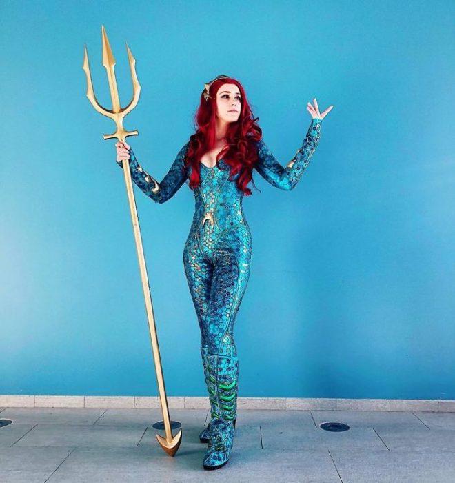 Chica disfrazada de Mera de Aquaman en la starcon de Rusia