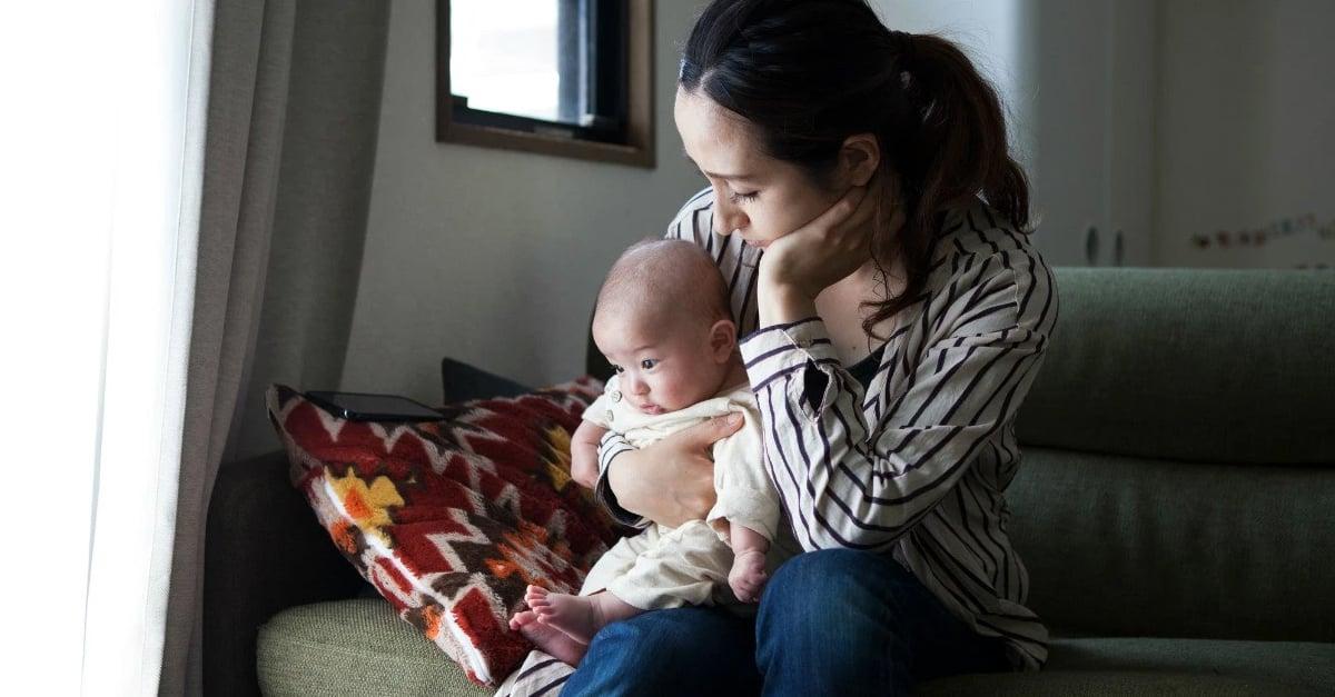 Tener un hijo hace infelices a muchos padres