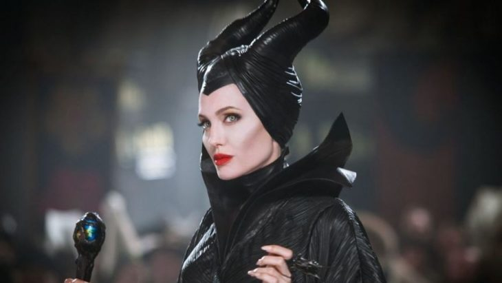 Angelina Jolie caracterizada como Maléfica